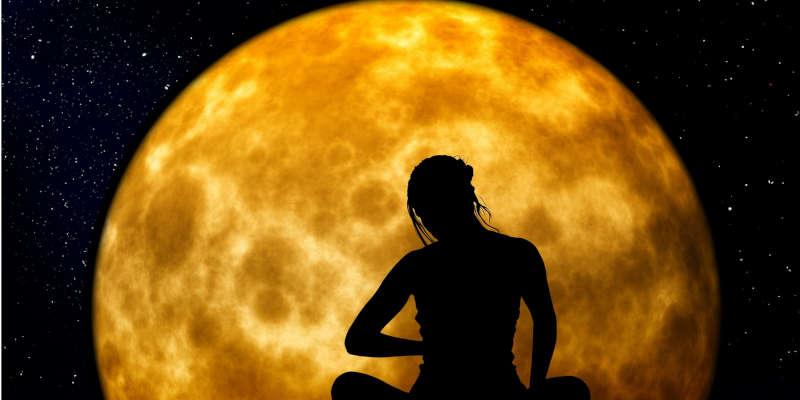 La luna influye sobre la energía de las piedras